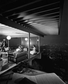 Stahl House designed by Pierre Koenig.  In Los Angeles. 1959.  Photography: Julius Shulman.