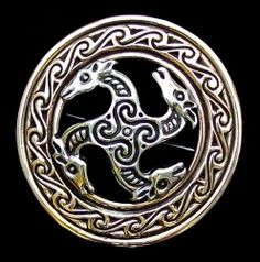 swastika brooch 5 ce Fylfot Pferde Lightweight openwork design The Horse is associated with the God Frey. The Fylfot is an Ancient Sacred Symbol. Norse Symbols, Sacred Symbols, Ancient Symbols, Viking Life, Viking Art, Norse Vikings, Asatru, Celtic Art, Viking Jewelry