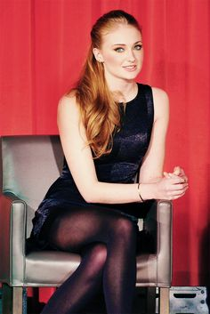 Sophie Turner | I really should start watching Game of Thrones..