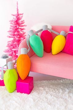 6 DIY's for an Epic, Colorful Christmas This Year // via Design & Roses christmas lights The 6 Best DIY's for a Colorful Christmas - Design & Roses White Christmas Lights, Hanging Christmas Lights, Holiday Lights, Holiday Tree, Whimsical Christmas, Christmas Design, Christmas Holidays, Christmas Ornaments, Diy Christmas Pillows