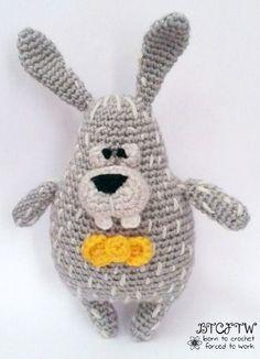 Harry the Bunny Amigurumi - Free English Pattern here: http://oombawkadesigncrochet.com/2015/11/harry-guest-contributor-post-free-amigurumi-pattern.html#_a5y_p=4642220