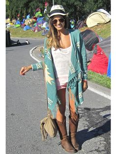 summer festival fashion,loving these cardigan blankets