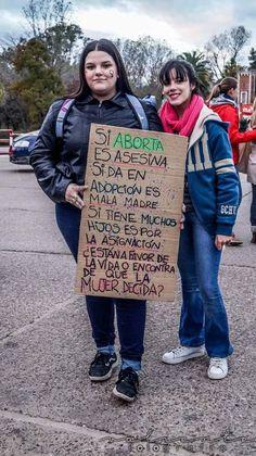 pancartas/carteles feministas, encontrados la mayoría en twitter y ot… #detodo # De Todo # amreading # books # wattpad Feminist Art, Power Girl, Powerful Women, Lgbt, Women Empowerment, Strong Women, Human Rights, Equality, Gender