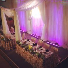 Head table canopy
