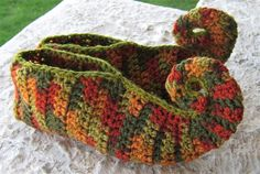 Elfish Aladdin slipper. Digital crochet pattern. von Whimsaboo, $5.50