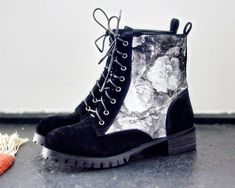 Shoe Transfer - 20 Clever and Stylish DIY Fashion Projects, the link is messed up, but cool idea