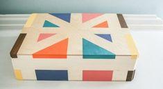 Com uma caixa de MDF pintada além de organizar muito melhor os seus objetos pessoais você ainda vai