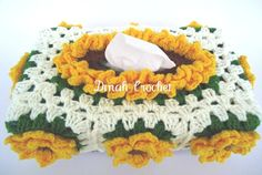 Dinahs Crochet: Crochet Floral Tissue Box Cover ~ Sunflower Sunflower Vase, Crochet Sunflower, Tissue Box Covers, Tissue Boxes, Crochet Skirts, Paper Cover, Fabric Ribbon, Covered Boxes, Crochet Home