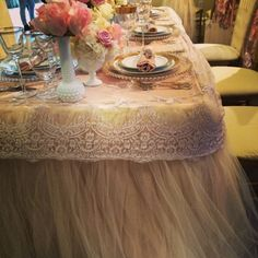 Wildflower_Linen_Tulle_Lace_Table_Linen_Four_Seasons1