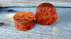 "25mm Swirling Redwood burl ear plugs, Hand crafted Organic Beautiful redwood plugs in 1"" gauge by MustLoveWoodPlugs on Etsy"