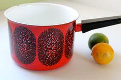 Rare Finel Arabia, Black and White Tree, Snowflake Pattern on Red, Quart Enamel Pot by Kaj Franck, Made in Finland