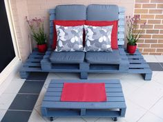 Wood / Pallet, Outdoor Chillout Lounge Chair.