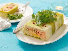 Fruchtige Lachsterrine ist ein Rezept mit frischen Zutaten aus der Kategorie Fisch. Probieren Sie dieses und weitere Rezepte von EAT SMARTER!