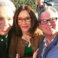 Look how cute they are The matching green outfits . Anyway those are definitely Sharon and Andy's clothes. Because they are on set and on location too and they're matching. So yeah have that... . Thanks for the pic @samharrismusic . #majorcrimes #shandy #marymcdonnell #tonydenison by raydorflynn