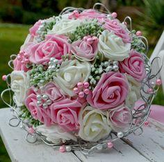 Accessoires - Hochzeit Brautsträuße Diane pink und anstecker - ein Designerstück von Wandadesign bei DaWanda