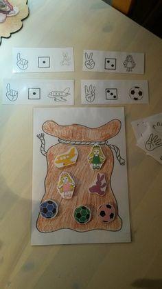 kan in elk thema Preschool Journals, Preschool Activities, Preschool Christmas, Christmas Crafts, St Nicholas Day, Hobby Horse, School Themes, 4 Kids, In Kindergarten