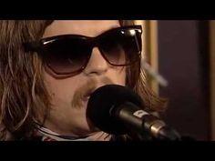 ▶ Kings Of Leon - Wicker Chair - YouTube