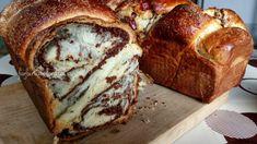 Cozonaci pufoși cu nucă - rețetă tradițională - Farfuria Colorată Dessert Bread, Dessert Bars, Baking Recipes, Cookie Recipes, Food Cakes, Sweet Cakes, Desert Recipes, Sweet Bread, No Bake Cake