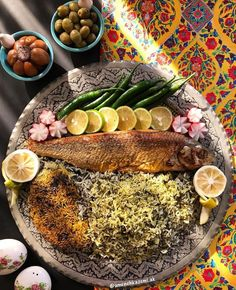 you have to try Iranian food Iranian Dishes, Iranian Cuisine, Iran Food, Food Platters, Food Decoration, Middle Eastern Recipes, Food Design, Food Presentation, Indian Food Recipes