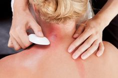 What Is Gua Sha? Gua Sha is based on the skin theory of Traditional Chinese Medicine: by the use of tools such as jade, ox horn or cupping jars with liniment on. The relevant parts of the skin are scraped and rubbed repeatedly to Alternative Therapies, Alternative Treatments, Alternative Health, Alternative Medicine, Jessica Smith, How To Do Facial, Arthritis, Asthma Relief, Pain Relief