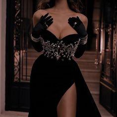 Elegant Dresses, Pretty Dresses, Beautiful Dresses, Ball Dresses, Ball Gowns, Evening Dresses, Beauté Blonde, Kleidung Design, Fantasy Gowns