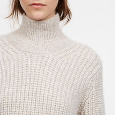 Hello sweater weather! (We've missed you.)