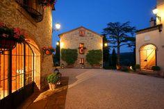 luxurious siena tuscan villa rental for up to 35 - Luxury Villas Tuscany