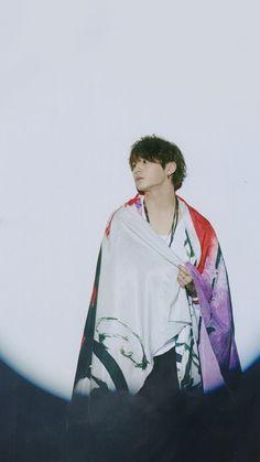 Ryosuke Yamada, Korea, Gifs, Japanese Boy, Actor Model, How To Look Better, Idol, Actors, Sayings