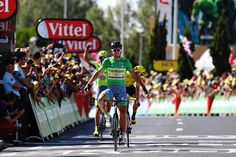 Peter Sagan (Tinkoff) wins stage 11 of the Tour de France over Chris Froome