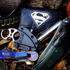 Todays Edc... X9 Responder, Sog Snarl, Schrade Tactical Pen, Titanium KeyBar, Thrunite T20T