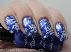 Pinned from www.lovevarnish.com Nail art // A very cold manicure 1247