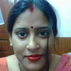 Indian Aunty Full Profile And Get Mobile Number   Hindi Business Tips Beauty Full Girl, Beauty Women, Actress Pics, Most Beautiful Indian Actress, Indian Beauty Saree, India Beauty, Housewife, Bollywood Actress