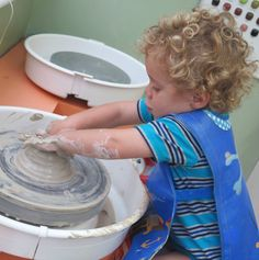 ELI ALMOST 3 YEARS OLD DOING POTTERY TODAY 14/05/2015