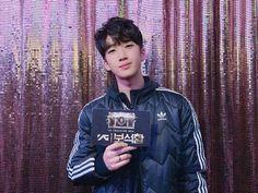 💎본방사수💎 1시간 뒤인 오늘밤 10시! YG보석함 7화 꼭 본방사수 해주실꺼죠? Korean Celebrities, Celebs, Yg Trainee, Hyun Suk, Cute Panda, Treasure Boxes, Find Picture, Yg Entertainment, Little Boys