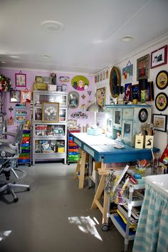 Kathy Kinney of MrsP.com was featured in the Aug/Sep/Oct '13 issue of Where Women Create magazine | Photography by Martha Schuster #studio #office #craftroom