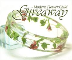 art and tree chatter of aquariann: Giveaway: Resin Jewelry by Modern Flower Child