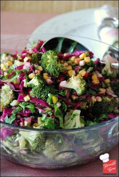 Egyptian Broccoli Salad broccoli- Mısırlı Brokoli Salatası … – Vejeteryan yemek tarifleri – Las recetas más prácticas y fáciles Broccoli Salad With Raisins, Healthy Broccoli Salad, Healthy Corn, Healthy Salad Recipes, Raw Food Recipes, Appetizer Recipes, Cauliflower Couscous, Healthy Recepies, Different Vegetables