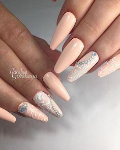 @pelikh_Оригинальные свадебные #арочноемоделированиеногтейгель #обучениескоростномумоделированиюногтей #комбинированныйманикюр #вензеля #naildesign #nailart #nails #nail