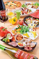 VEGECHAKAコース(7品/飲み放題120分込み)・・・4,500円~<br>イチオシメニューを一通り楽しめるプラン。野菜中心でありながら、しっかり食べ応えもあり男女問わず人気のコースだ。