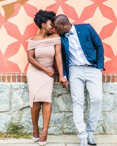 When worlds collide sometimes they harmonize and for Nkoyo and Rhevon this certainly proved to be true. Loving this engagement session. Engagement Photo Poses, Engagement Couple, Engagement Suits, Engagement Pictures, Black Love Couples, Cute Couples, Stylish Couple, Photo Couple, Couple Outfits