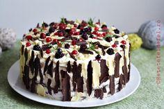 TORT CU CIOCOLATA SI FRUCTE DE PADURE - Rețete Fel de Fel Romanian Desserts, Cheesecakes, Dessert Recipes, Dessert Ideas, Sweet Treats, Ice Cream, Pudding, Sweets, Candy