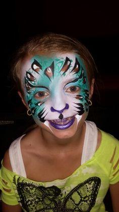 #amazingfacepaintingbylinda #faceart #facepaintingjax #facepainting #facepainterjacksonvillefl #facepainterjax #facepaintingjacksonvillefl Jaguar Face Painting by Linda Schrenk Www.amazingfacepaintingbylinda.com