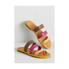 BC Footwear Colorblocking Zing (175 BRL) ❤ liked on Polyvore featuring shoes, sandals, pink, slide, thong slide, block-heel sandals, strappy sandals, vegan shoes, strap sandals and faux leather sandals