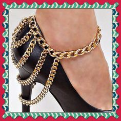 ANKLET Cool gold plated ankle bracelet, fits over shoes or boots. Jewelry