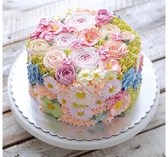 Kid Birthday Cake Idea Collection - Cake Decorating Without Fear - Life ideas Gorgeous Cakes, Pretty Cakes, Cute Cakes, Amazing Cakes, Take The Cake, Love Cake, Rodjendanske Torte, Spring Cake, Gateaux Cake
