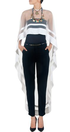 Nikhil Thampi presents White Asymmetrical net cape available only at Pernia's Pop-Up Shop. Fashion Mode, Look Fashion, Womens Fashion, Fashion Design, Fashion Trends, 80s Fashion, Fashion Quiz, Winter Fashion, Petite Fashion
