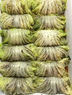 Vegan Low Carb Cabbage Rolls Stuffed with Grilled Eggplant, Mushrooms & Spinach Vegan Foods, Vegan Vegetarian, Vegetarian Recipes, Paleo, Vegetarian Grilling, Healthy Grilling, Veggie Dishes, Vegetable Recipes, Vegan Cabbage Rolls