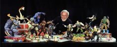 Behind the scenes of SMALL SOLDIERS - Rod puppet rehearsal at Stan WInston Studio with the Chip Hazard and Archer puppets. Small Soldiers, A Moment To Remember, Movie Trailers, Puppets, Character Art, Life Is Good, Behind The Scenes, Battle, Poses