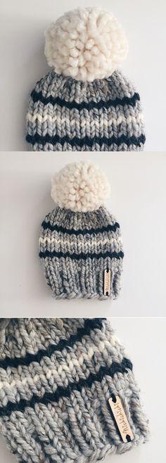 newborn baby hat, baby winter beanie, neutral baby hat, grey and white baby beanie, pompom baby hat, baby shower gift, handmade, nickichicki, winter baby, fall baby, chunky knit hat, big pompom, large pompom