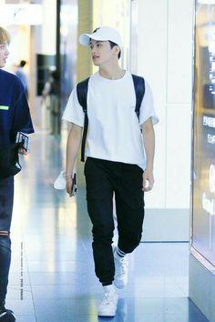 Mark Lee, Nct 127 Mark, Lee Min Hyung, Na Jaemin, Fandoms, Airport Style, Airport Fashion, Entertainment, Kpop